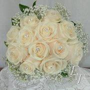 704- White Rose Bouquet Gemstone