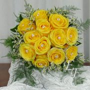 705-Yellow Rose Bouquet Gemstones