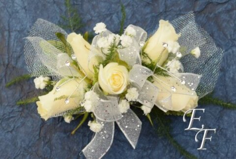 Silver White Sweetheart Corsage