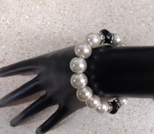 White-Black Pearl