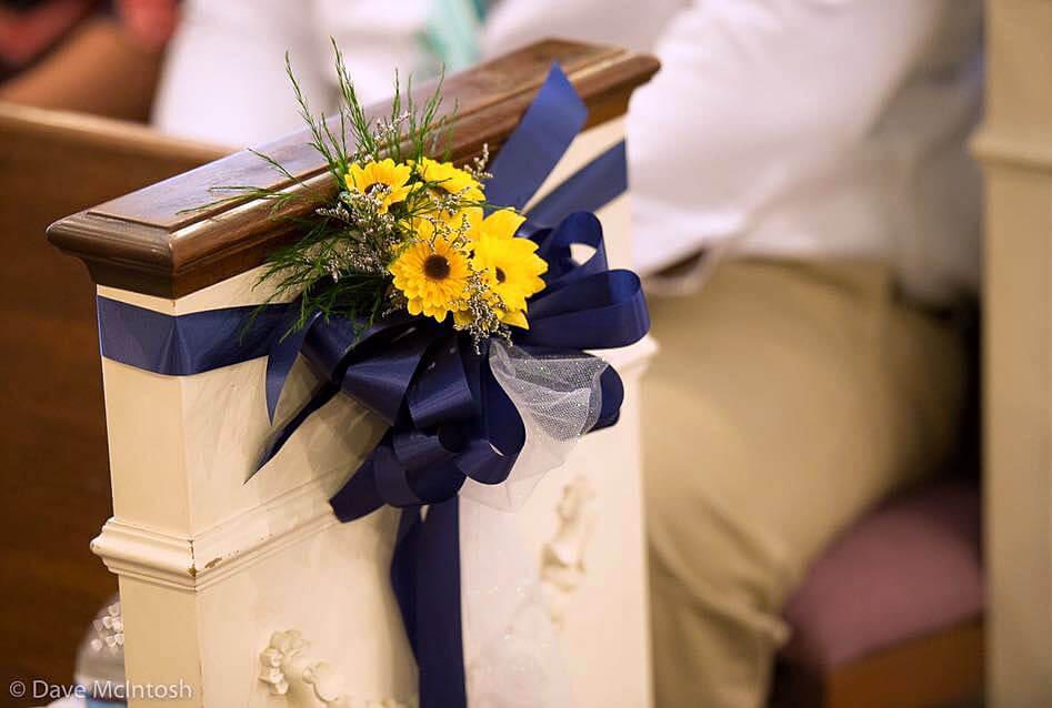 wedding-church-pews