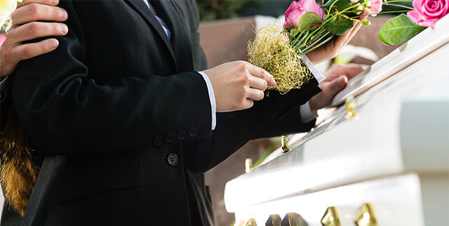 Etiquette Guide For Sending Sympathy Flowers