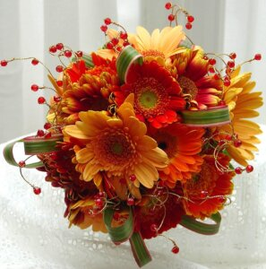 725 Fall Gerbera Daisy Bouquet