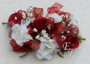 EF 859 Red Rose White Mini Carn Corsage