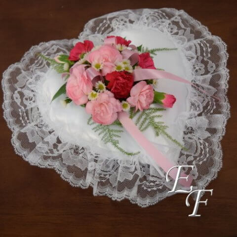 Carnation Sympathy Heart Insert 200-4A 500