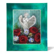 shadowbox-keepsake-with-angel-preserved-roses